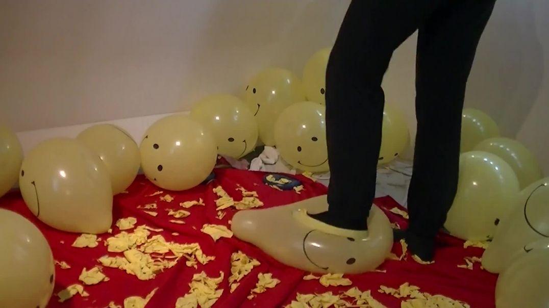 Feet/Stomp to Pop Smiley Balloons (Ses 2, Vid 3)