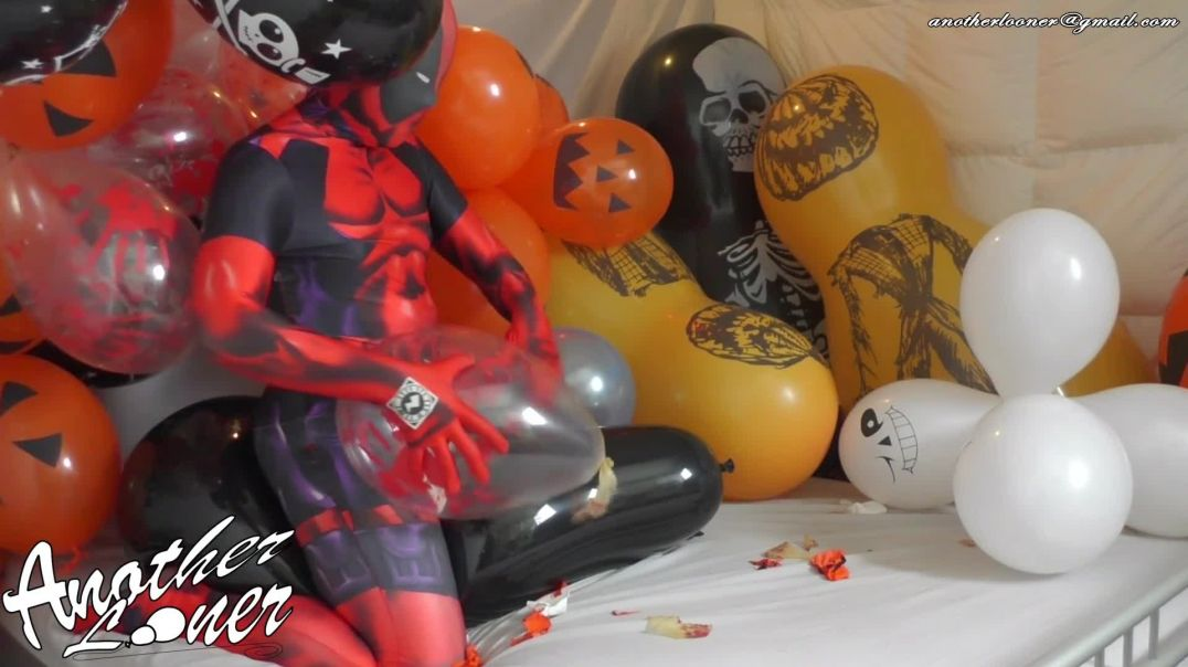 """Q24"""" Sitting and Popping - Halloween 2019 (Ses 26, Vid 3)"""