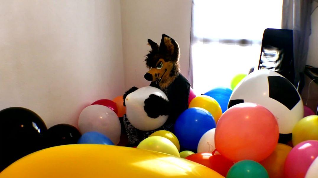 AYCE & JESSY - BIG POP BALLOON PARTY [Commission video]