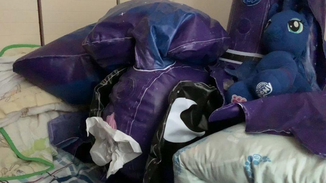 inflatable Pony Luna 3