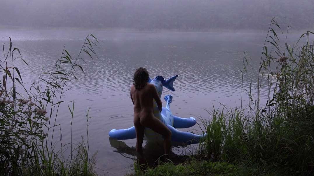 Blue dragon - The morning on lake