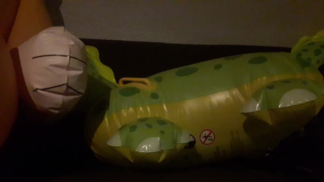 Green Dino Inflation