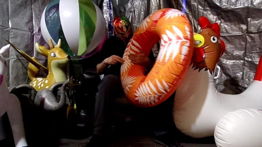 Poke popping tropical ring float