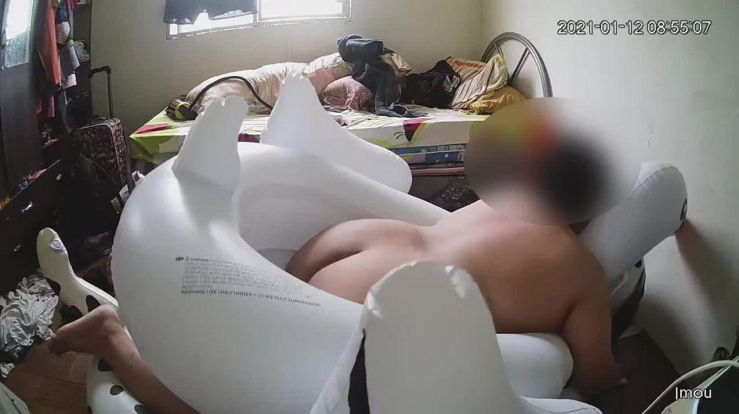 Riding my Swan Seat
