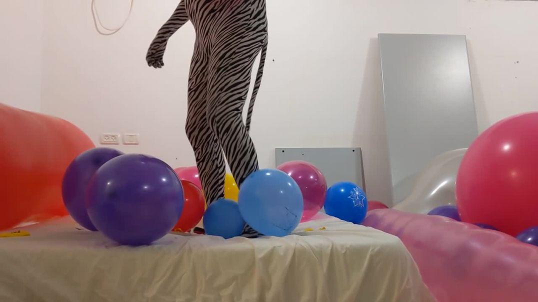 Balloon Popfest 1/5 - Small balloons