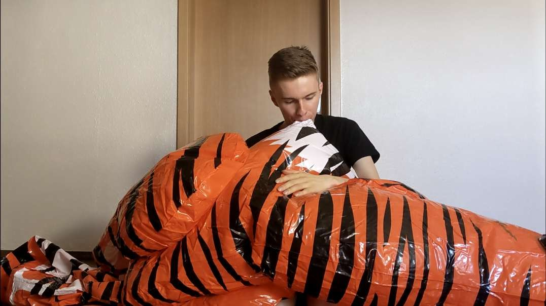 Mouth inflating my IW Tiger