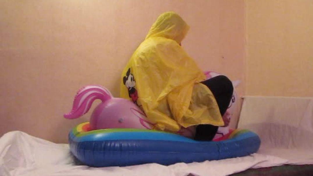Intex Mystical unicorn inflate, play and deflate